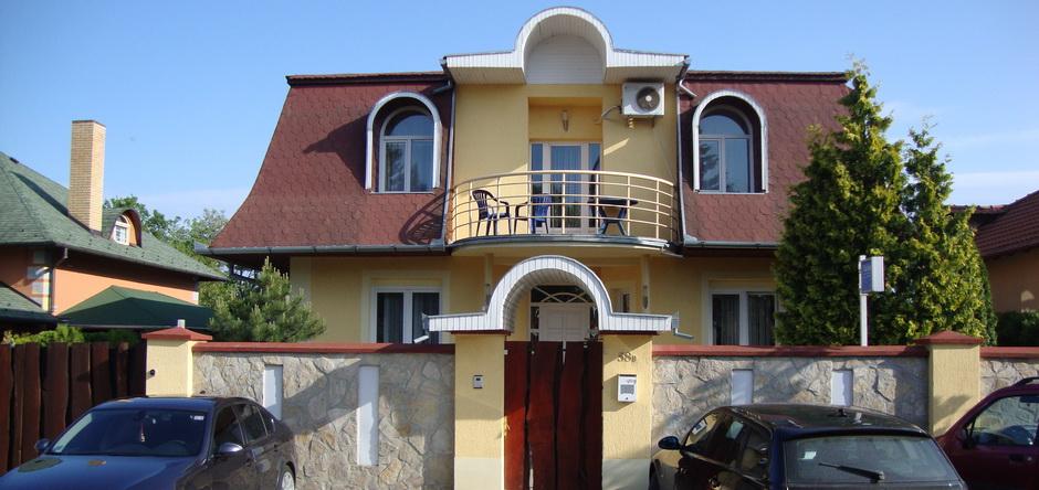 Glavni ulaz u vilu